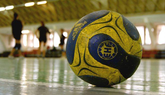 Foto: Handbal feminin: S-au stabilit meciurile din turneul final-four al Cupei României