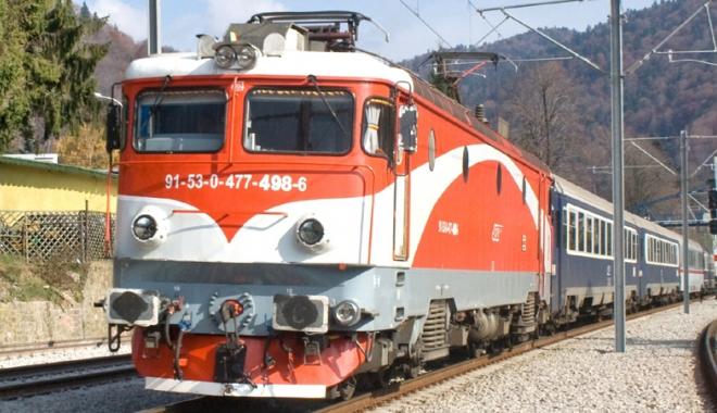 """Foto: Ministerul Finanţelor, tras la răspundere: """"Gratuitatea  cu trenul  pentru studenţi este ilegală!"""""""