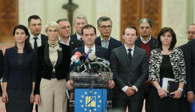 Foto: Audierea miniștrilor, pe repede-înainte. Aviz negativ pentru 7 miniștri