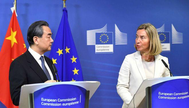 Foto: Miniştrii de Externe din UE, întâlnire cu omologul lor chinez