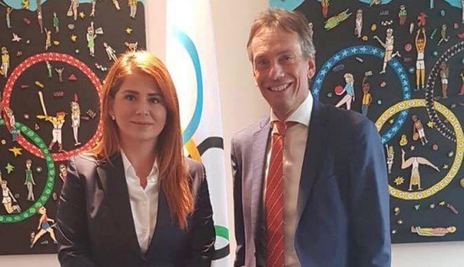 Ministrul Ioana Bran, în vizită la Comitetul Internaţional Olimpic - ministrul-1536939595.jpg