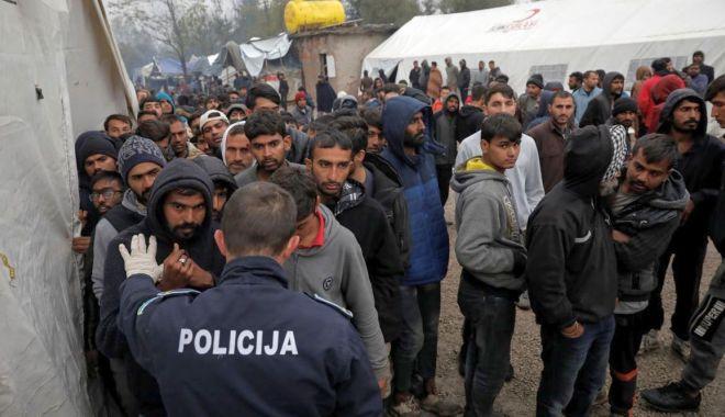 Ministrul Securității din Bosnia cere izolarea forțată a migranților - ministrul-1584623093.jpg