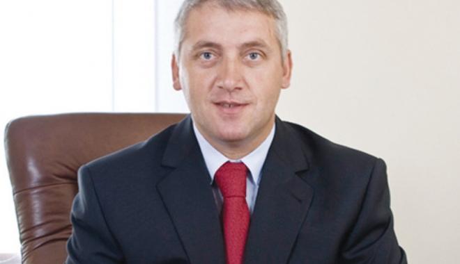 """Foto: """"Am dispus  o anchetă după ce preşedintele Iohannis  nu a fost invitat  la Ziua Aviaţiei"""""""