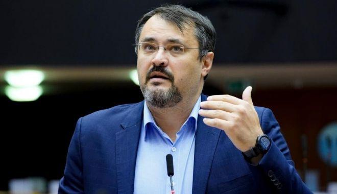 """Cristian Ghinea: """"România a atras 440.000 de euro pe oră, din fonduri europene"""" - ministrulcristianghinea-1623779552.jpg"""