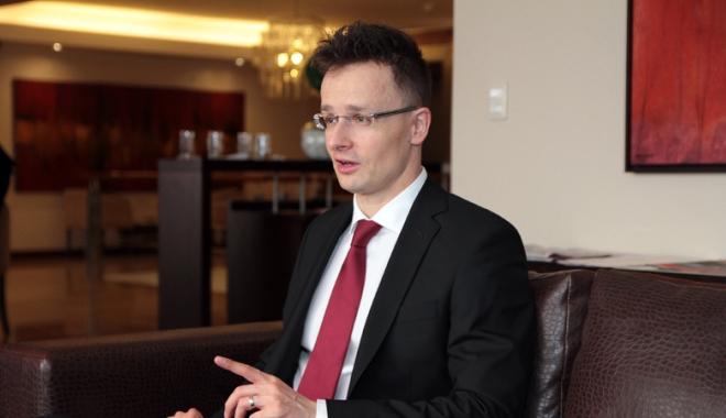 Foto: Ministrul de externe ungar acuză Uniunea Europeană de folosirea unor