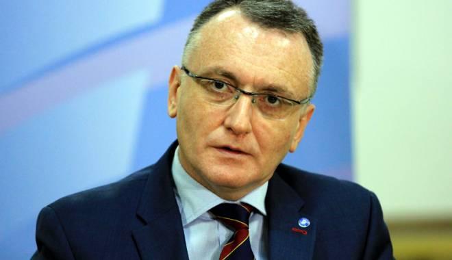 Foto: Ministrul Educaţiei ţine cont de propunerile Asociaţiei Elevilor din Constanţa