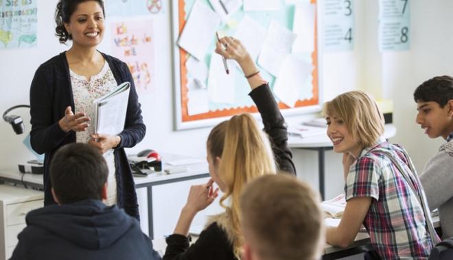 Foto: Ministrul Educaţiei,  Liviu Pop, veste bună pentru profesori
