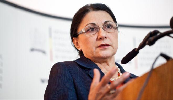 Foto: Ministrul Educaţiei Naţionale, Ecaterina Andronescu, vine astăzi la Constanţa