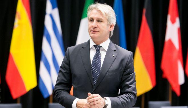 Foto: Eugen Teodorovici revine: Nu este vorba de o piedică sau de o limitare a accesului românilor în spaţiul european