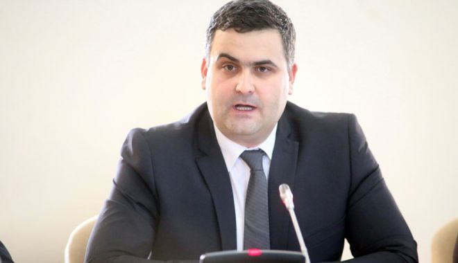 """Foto: """"Toate acțiunile președintelui Iohannis exced mult rolului  său de mediator"""""""