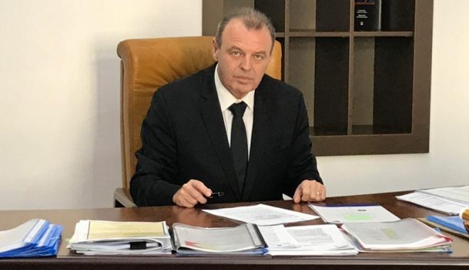 Foto: Ministrul Lucian Şova acuză Fondul Proprietatea că obstrucţionează capitalizarea Poştei Române