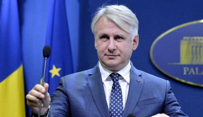 """Foto: Ministrul Eugen Teodorovici: """"Am alocat 700 de milioane pentru restituirea taxei auto"""""""