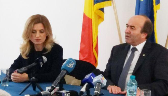 Ministrul Justiției, Tudorel Toader, vizită la Constanța pentru a inspecta locul viitoarei arhive a instanțelor