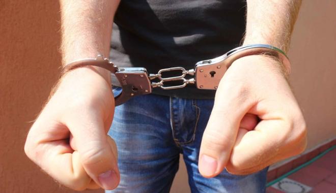 Foto: Minori din Constanţa, arestaţi după mai multe furturi