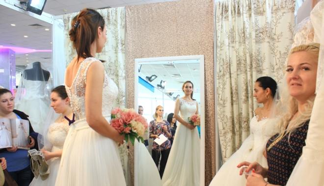 Foto: Minunăţiile şi poveştile Târgului pentru nunţi