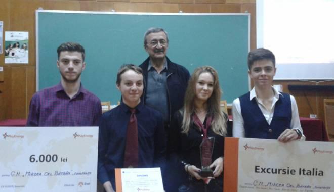 """Foto: Via�a �n de�ert! Ce solu�ii propun elevii Colegiului """"Mircea"""""""