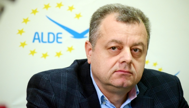 Foto: Deputatul Mircea Banias, schimbat de la conducerea ALDE Constanţa