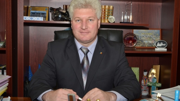 Foto: Fost primar, condamnat definitiv la închisoare cu executare, pentru fapte de corupţie