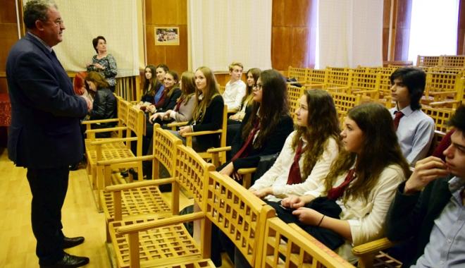 Foto: Mirciştii strălucesc din nou!  Bronz la Balcaniada de matematică şi premii internaţionale la literatură