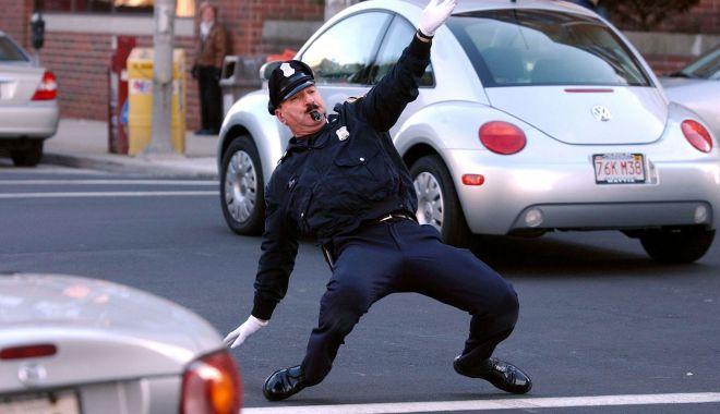 Misiune imposibilă, la poliţie - misiuneimposibilalapolitie-1619095045.jpg