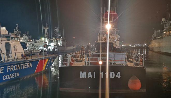 Foto: Polițiștii români de frontieră, misiune în Marea Egee. Au salvat peste 350 de persoane