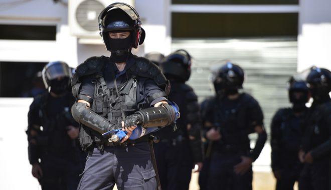 Foto: Misiuni ale jandarmilor, poliţiştilor  şi pompierilor,  la o serie de evenimente