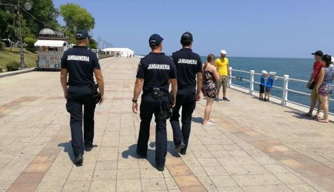 Foto: Jandarmii strică