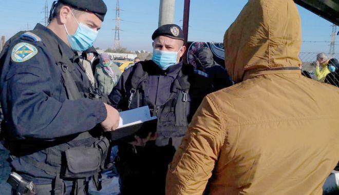 Amenzi de peste 27.000 de lei, aplicate de jandarmii din Constanța - misiunijandarmi-1610390194.jpg