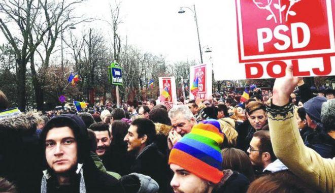 Foto: Mitingul PSD / Sute de mii de membri de partid, aduşi la Bucureşti