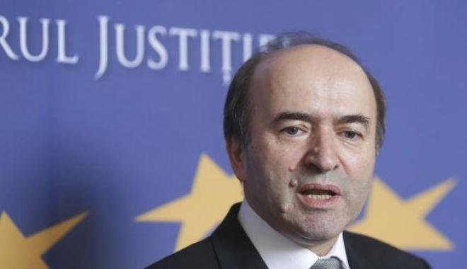 Foto: Cine este Tudorel Toader, posibil noul ministru al Justiţiei