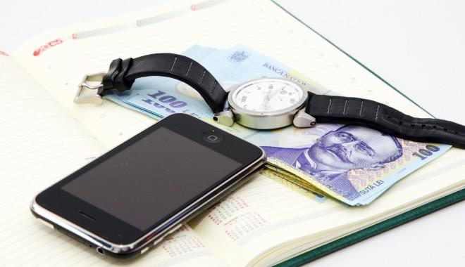 Foto: Special pentru navigatori: O companie de telefonie a lansat abonamentul cu plata anuală