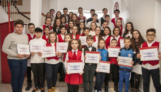 """Foto: Moment aniversar la Şcoala Gimnazială """"Lucian Grigorescu"""""""