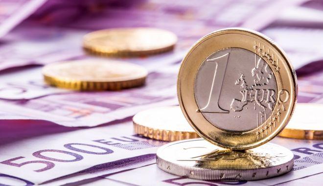 Foto: Când trece România la EURO? Anunţul ministrului Teodorovici