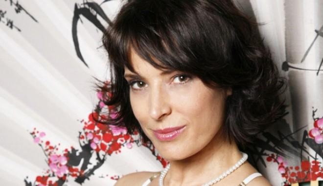 Monica Davidescu Nude Photos 24