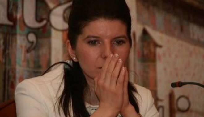Foto: VERDICT FINAL! Monica Iacob Ridzi, CONDAMNATĂ la CINCI ani de închisoare cu executare!