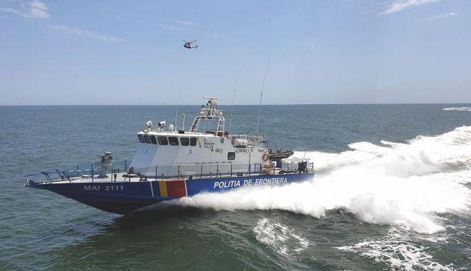 Foto: Polițiștii de frontieră în misiune. Monitorizare nave, controale și exerciții maritime la Marea Neagră