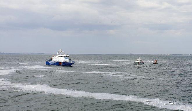 Polițiștii de frontieră în misiune. Monitorizare nave, controale și exerciții maritime la Marea Neagră - monitorizare3-1560972532.jpg
