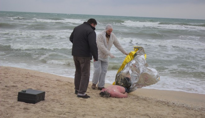 Foto: Un bucureştean s-a sinucis pe o plajă din Mamaia