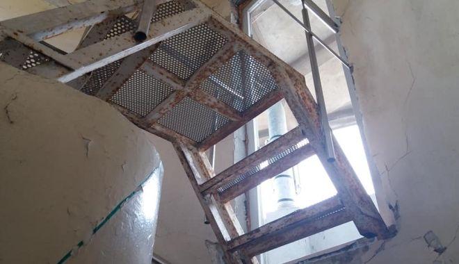 """Moscheea plângerii! """"Reparaţiile ar putea costa un milion de euro"""" - mos1-1550823392.jpg"""