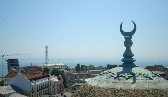 """Foto: Propunere: """"Să facem o moschee pentru refugiaţi, la Constanţa!"""". Pe ce teren?"""