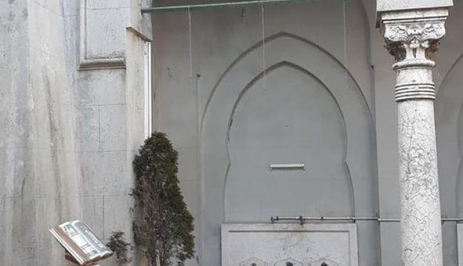 """Moscheea plângerii! """"Reparaţiile ar putea costa un milion de euro"""" - moschee7-1550786446.jpg"""
