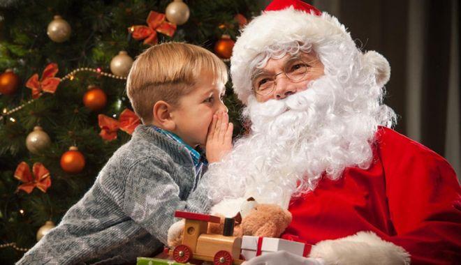 Moş Crăciun le face cadouri copiilor  din Cumpăna - moscraciun-1544717929.jpg