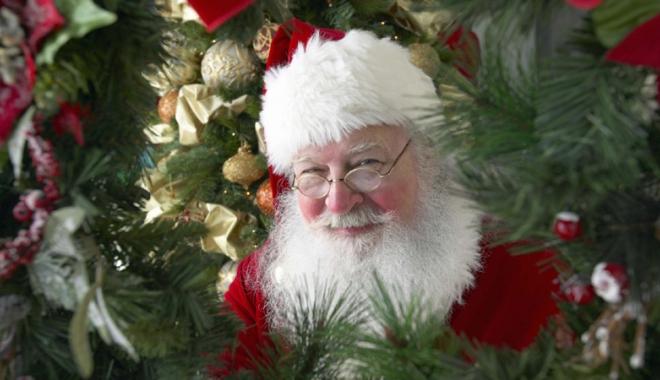 Foto: Aveţi nevoie de Moş Crăciun? Puteţi închiria unul pentru suma de 150 de lei