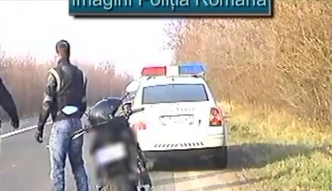"""Foto: """"Zbura"""" pe o motocicletă cu peste 200 de km/h în localitatea Tuzla"""