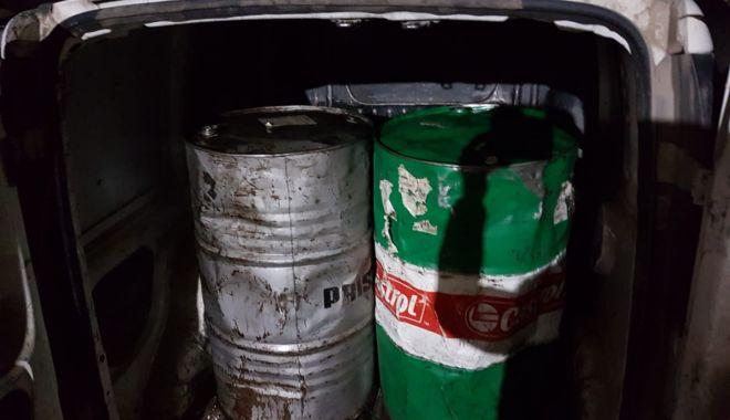 Captură la Garda de Coastă: sute de litri de motorină - motorinagarda1-1573160208.jpg