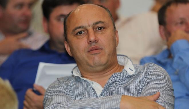 Foto: Mugurel Mitrana, cel mai votat primar. A câştigat Primăria 23 August cu 96,3%