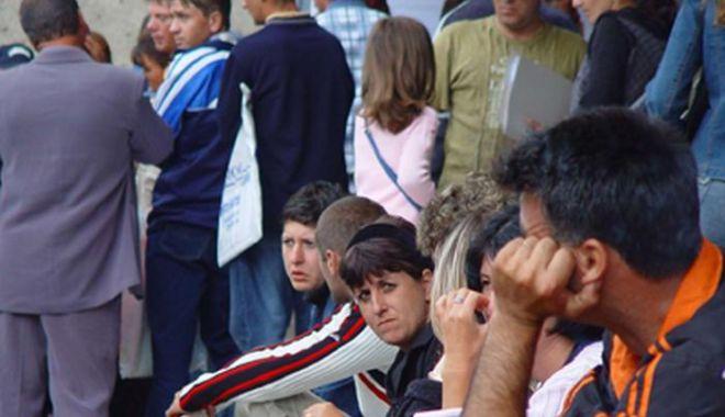 Foto: DECIZIE-ŞOC PENTRU ROMÂNI! Șomerii care vor refuza să se angajeze, nu vor mai primi ajutor social