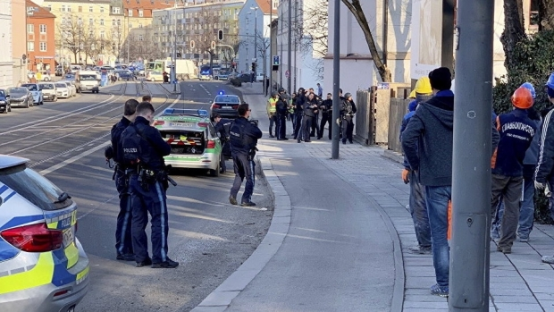 Focuri de armă la Munchen, nu departe de Centrul Vechi. Sunt doi morţi - munchen30136100-1550745879.jpg