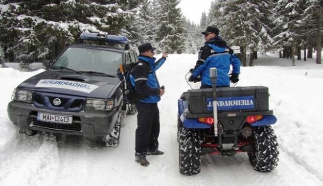 Plecaţi la munte? Jandarmii vă avertizează - munte-1448624551.jpg