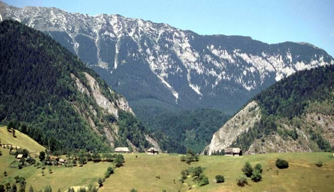 Foto: Patru turişti, rătăciţi pe platoul Bucegi
